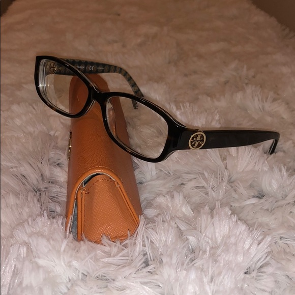 Tory Burch Accessories - Tory Burch glasses w/case